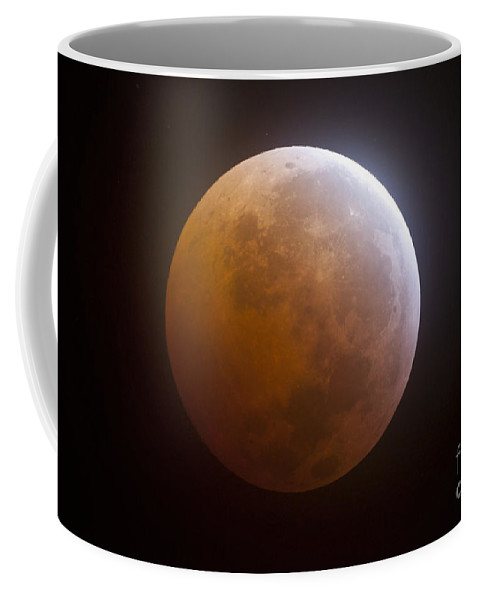 Moon Coffee Mug featuring the photograph Lunar Eclipse by Phillip Jones
