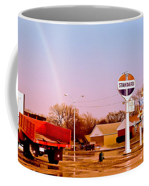Route66 Coffee Mug featuring the photograph Old Signs At The Mother Road - Standard Oil And Motel - Route 66 by Carlos Alkmin