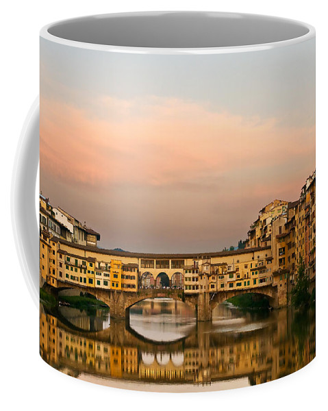 Florence Coffee Mug featuring the photograph Ponte Vecchio by Mick Burkey