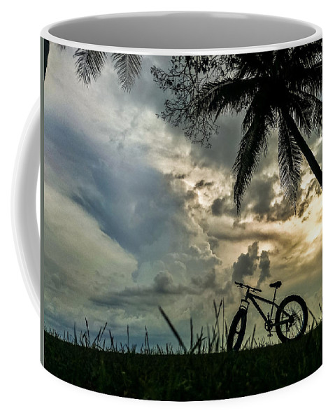 Sunset Coffee Mug featuring the photograph Singapore Sunset by Jijo George