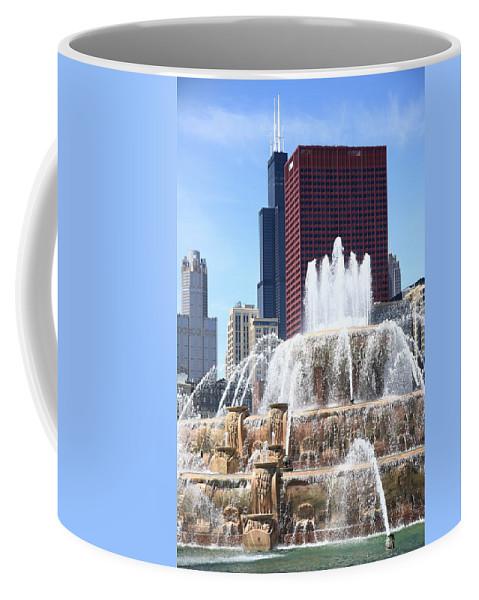 America Coffee Mug featuring the photograph Chicago Skyline And Buckingham Fountain by Frank Romeo