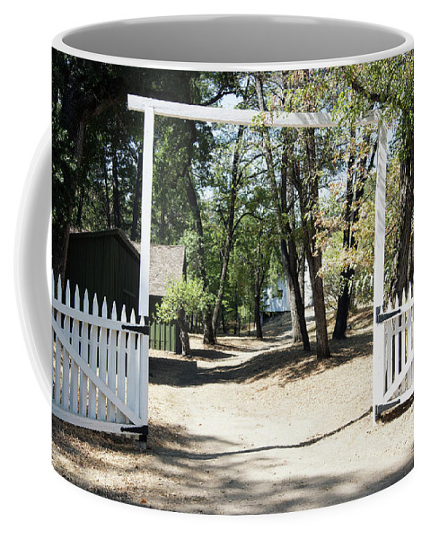 Rmb2014091200061 Coffee Mug featuring the photograph Whiskeytown National Recreation Area by Robert Braley