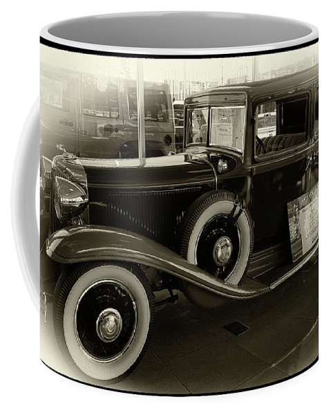 Vintage Car Coffee Mug featuring the photograph 1931 Chrysler by Danny Chavez Sr
