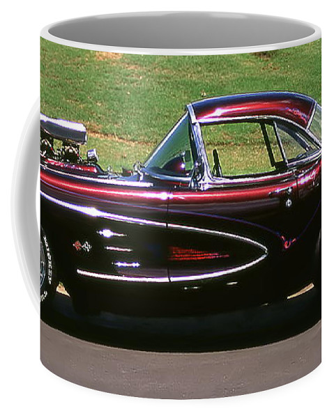Vintage Cars Coffee Mug featuring the photograph 1960 Corvette by Jim Cazel