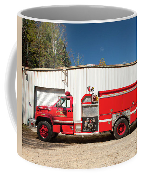 Burnington Coffee Mug featuring the photograph Burnington Iolta Fire Rescue - Tanker Engine 1550, North Carolina by Timothy Wildey