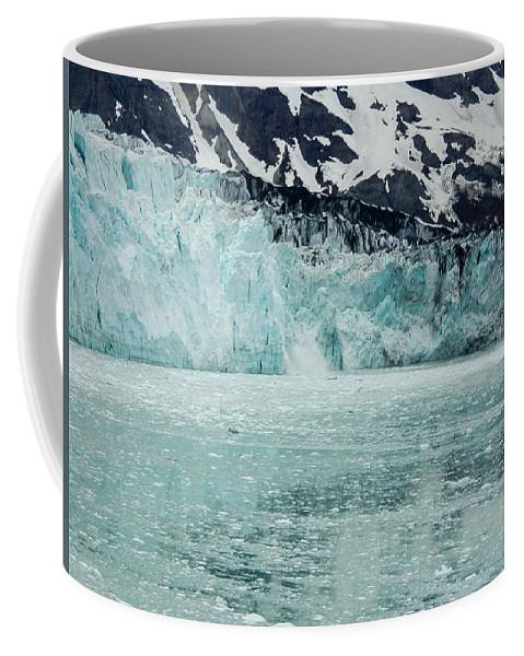 Coffee Mug featuring the photograph Alaska_00028 by Perry Faciana