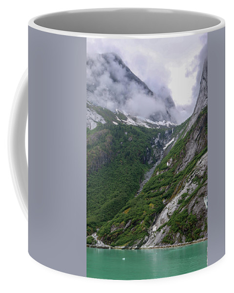 Coffee Mug featuring the photograph Alaska_00045 by Perry Faciana