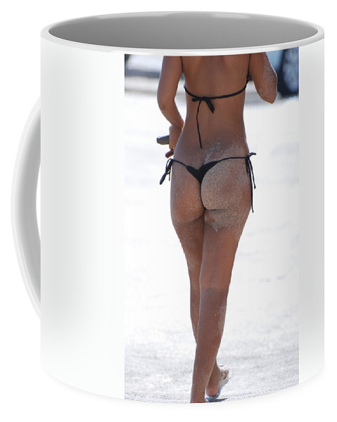 Portriat Coffee Mug featuring the photograph L W Thong by Rob Hans