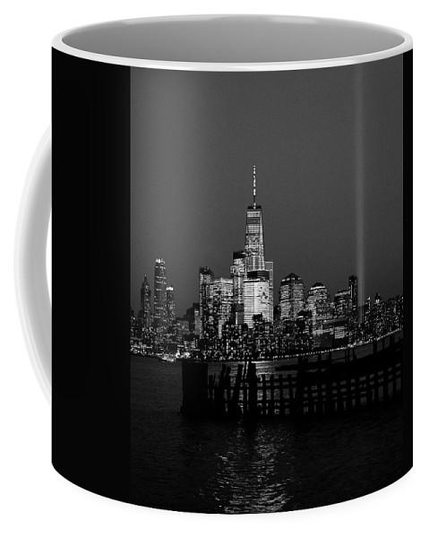 New York City Coffee Mug featuring the photograph Freedom by Daniel Carvalho