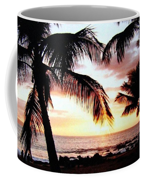 1986 Coffee Mug featuring the photograph A Couple On The Shore by Will Borden