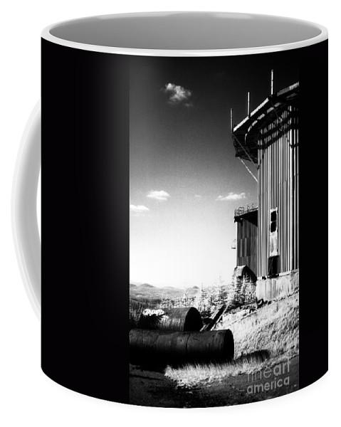 Abandoned Coffee Mug featuring the photograph Abandoned Radar by Richard Rizzo