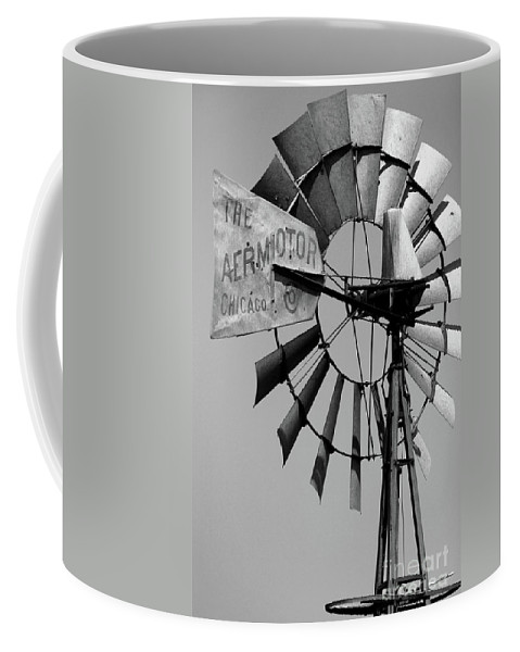 Griculture Coffee Mug featuring the photograph Aeromotor by Alan Look