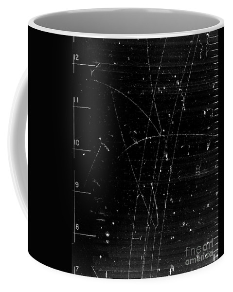 Science Coffee Mug featuring the photograph Anti-kaon Momentum, Bubble Chamber Event by Science Source