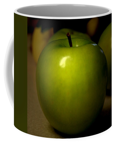 Green Apples Coffee Mug featuring the photograph Apple by Linda Sannuti