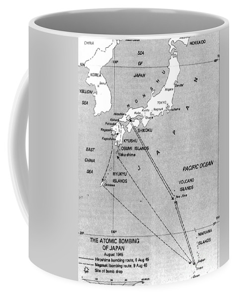 History Coffee Mug featuring the photograph Atomic Bombing Of Japan, 1945 by Science Source