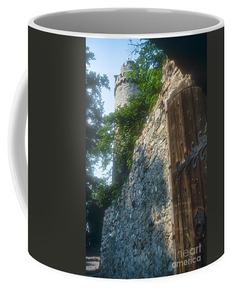 Bensheim Germany Auerbach Castle Castles Tower Towers Turret Turrets Door Doors Ruin Ruins Structure Structures Architecture Stone Stones Coffee Mug featuring the photograph Auerbach Tower And Gate by Bob Phillips