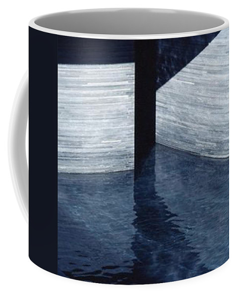 Coffee Mug featuring the photograph Austrralian National Gallery by Stuart Grenfell