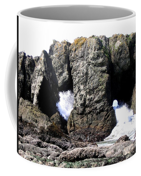 Bandon Coffee Mug featuring the photograph Bandon 17 by Will Borden