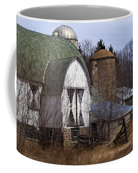 Barn Coffee Mug featuring the photograph Barn On 29 by Tim Nyberg