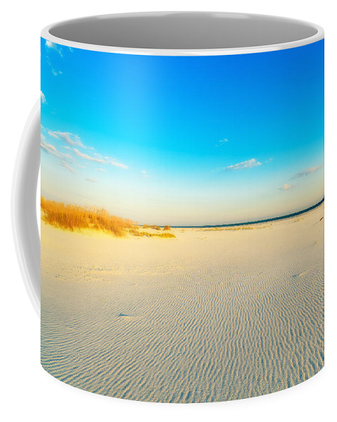 Florida Coffee Mug featuring the photograph Beautiful Beach by Raul Rodriguez