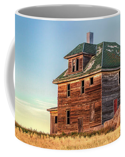 Abandoned Coffee Mug featuring the photograph Beautiful Old House by Todd Klassy