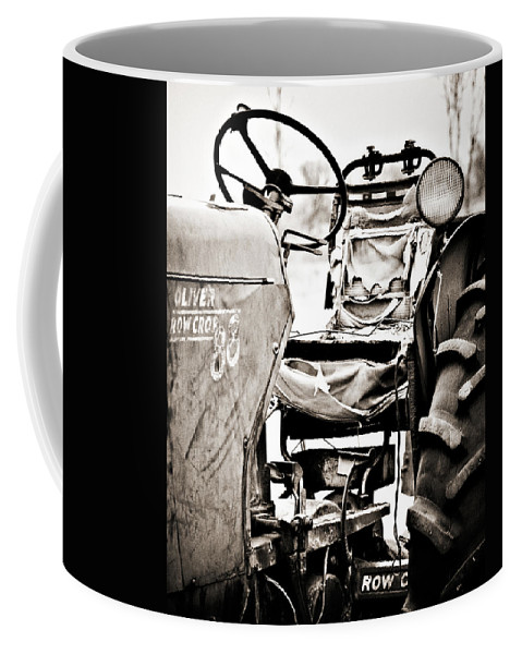 Americana Coffee Mug featuring the photograph Beautiful Oliver Row Crop Old Tractor by Marilyn Hunt