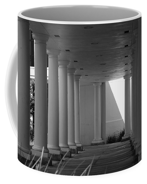 Black And White Coffee Mug featuring the photograph Breezeway by Rob Hans