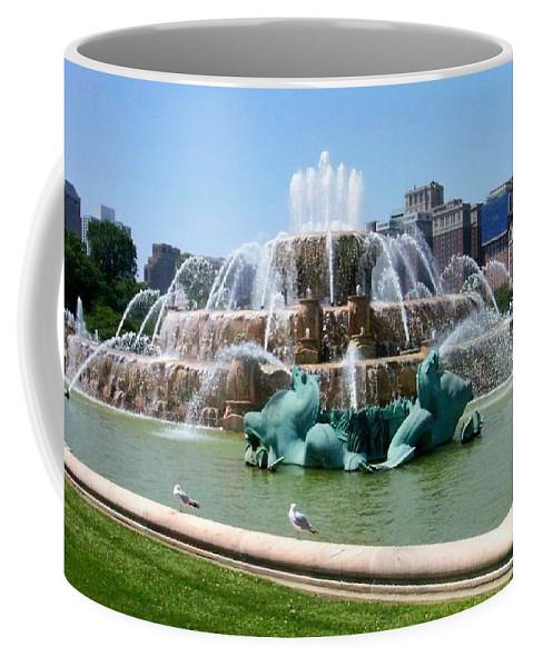 Chicago Coffee Mug featuring the photograph Buckingham Fountain by Anita Burgermeister