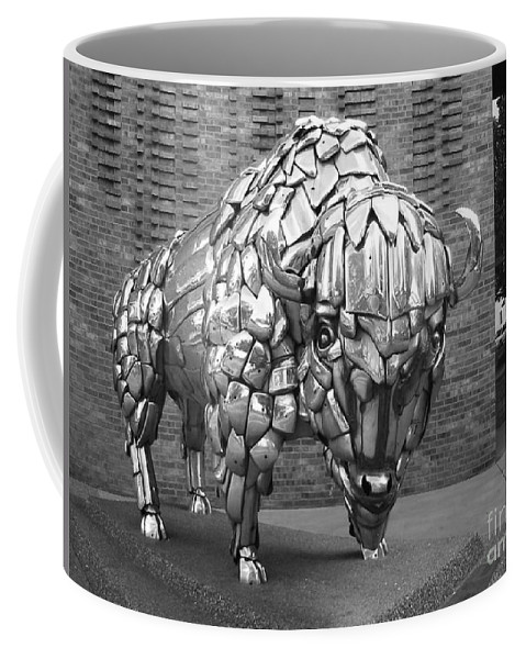 Buffalo Sculpture Coffee Mug featuring the photograph Buffalo Grand Junction Co by Tommy Anderson