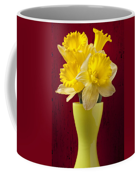 Yellow Coffee Mug featuring the photograph Bunch Of Daffodils by Garry Gay
