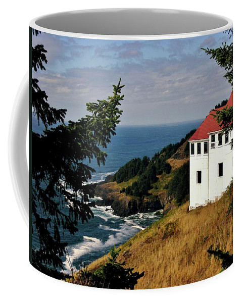 Cape Foulweather Point Coffee Mug featuring the photograph Cape Foulweather Point by Marilyn Smith