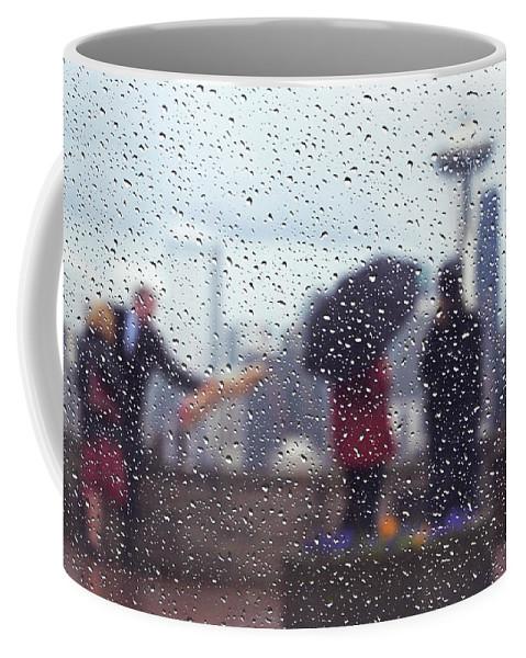 Seattle Coffee Mug featuring the photograph Celebration In Rain A036 by Yoshiki Nakamura