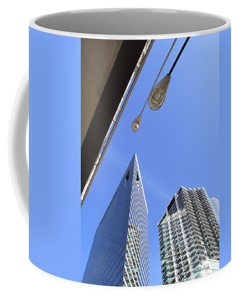 America Coffee Mug featuring the photograph Chicago Cityscape by Frank Romeo