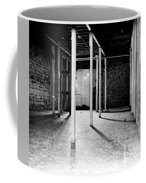 Science Coffee Mug featuring the photograph Chicago Pile-1, 1942 by Science Source