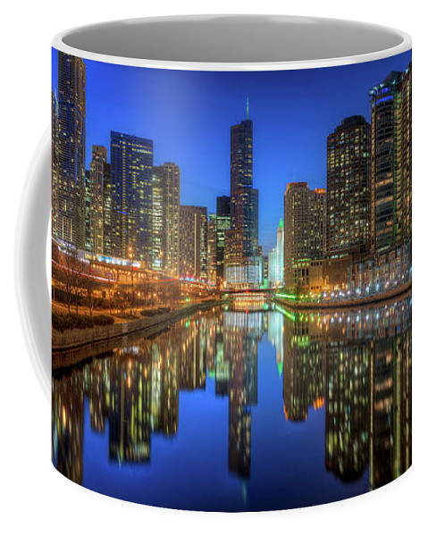 Chicago Coffee Mug featuring the photograph Chicago River East by Steve Gadomski