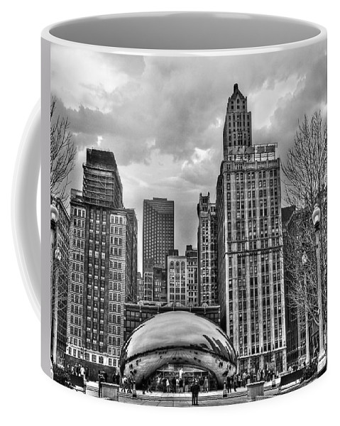 Chicago Coffee Mug featuring the photograph Chicago Skyline In Black And White by Tammy Wetzel