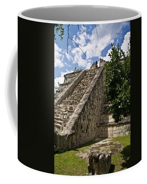 Chichen Itza Coffee Mug featuring the photograph Chichen Itza Pyrmid 1 by Douglas Barnett