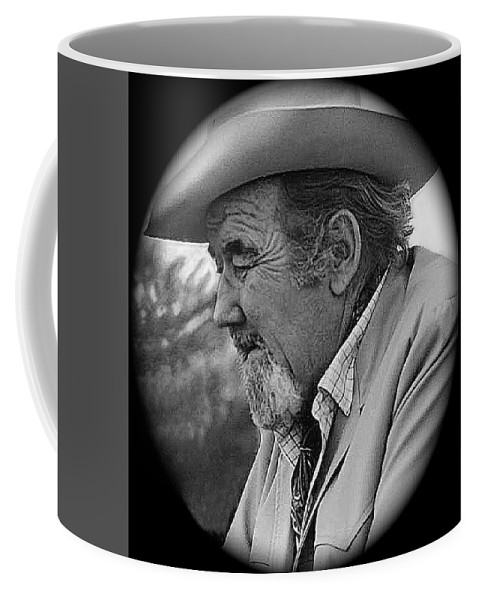 Close-up Broderick Crawford Ted Degrazias Gallery In The Sun Tucson Arizona 1969-2008 Coffee Mug featuring the photograph Close-up Broderick Crawford Ted Degrazias Gallery In The Sun Tucson Arizona 1969-2008 by David Lee Guss