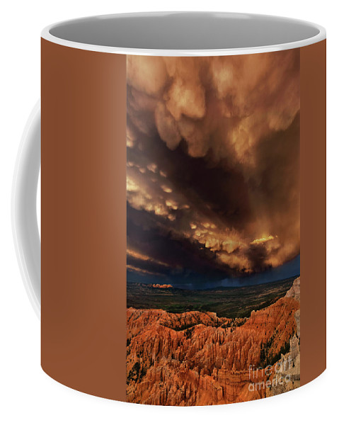 North America Coffee Mug featuring the photograph Clouds And Thunderstorm Bryce Canyon National Park by Dave Welling