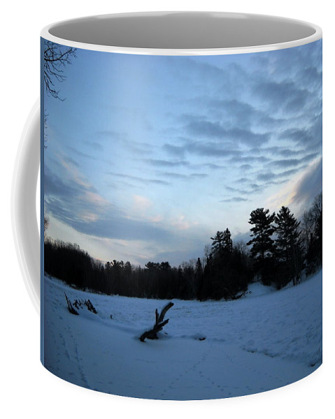 Mississippi River Coffee Mug featuring the photograph Cloudy Winter Dawn by Kent Lorentzen