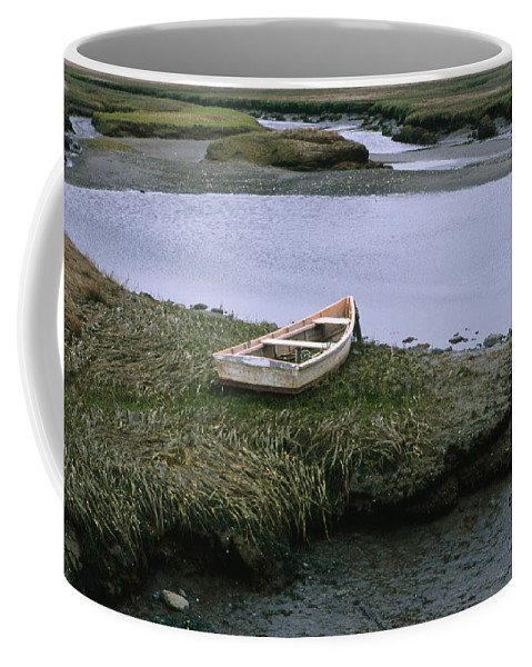 Landscape New England Marsh Row Boat Rye Harbor Coffee Mug featuring the photograph Cnrf0503 by Henry Butz