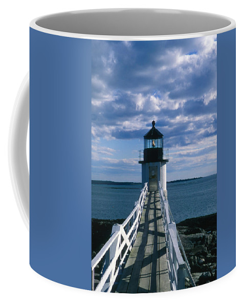 Landscape Lighthouse New England Marshall Point Light Port Clyde Coffee Mug featuring the photograph Cnrh0603 by Henry Butz