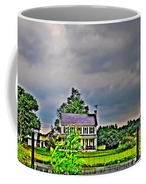 Landscape Coffee Mug featuring the photograph Coming Storm by Bill Cannon
