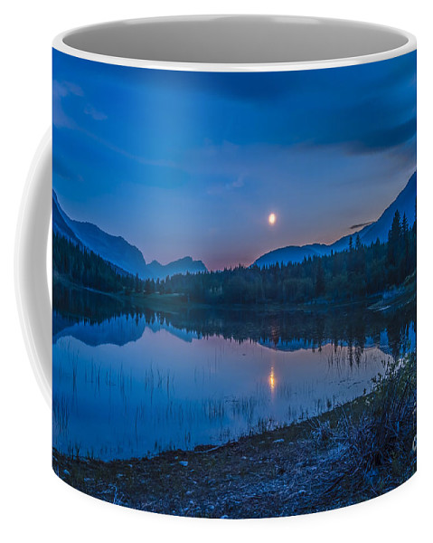 Bow Valley Provincial Park Coffee Mug featuring the photograph Crescent Moon Over Middle Lake In Bow by Alan Dyer