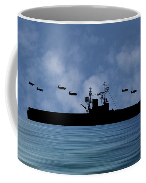 Cus Woodrow Wilson Coffee Mug featuring the photograph Cus Woodrow Wilson 1944 V1 by Smart Aviation