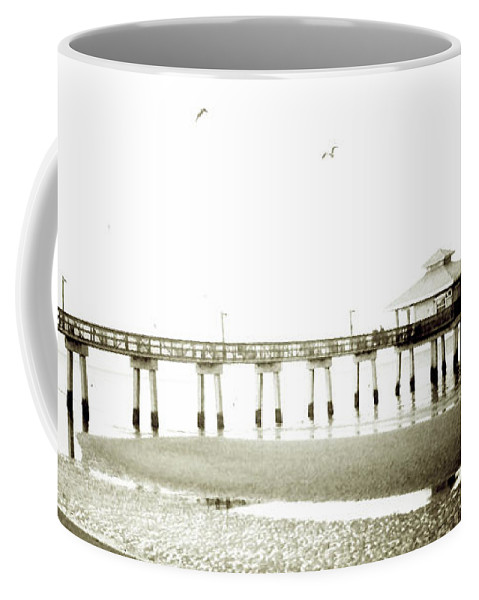 Florida Coffee Mug featuring the photograph Dawn Breaking Extreme by Chris Andruskiewicz