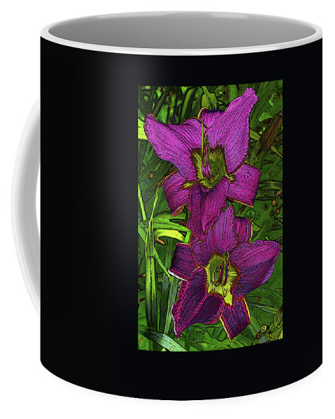 Daylilly Coffee Mug featuring the photograph Daylillys 2 by David Pantuso