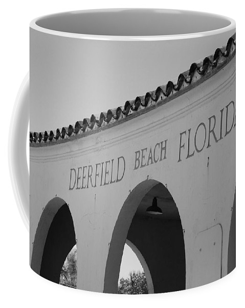 Black And White Coffee Mug featuring the photograph Deerfield Beach Florida by Rob Hans