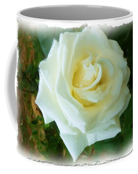 La Rose Coffee Mug featuring the photograph Do-00300 La Rose De Aaraya by Digital Oil