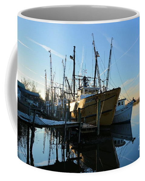 Docks Coffee Mug featuring the photograph Docks At Darien by Katherine W Morse